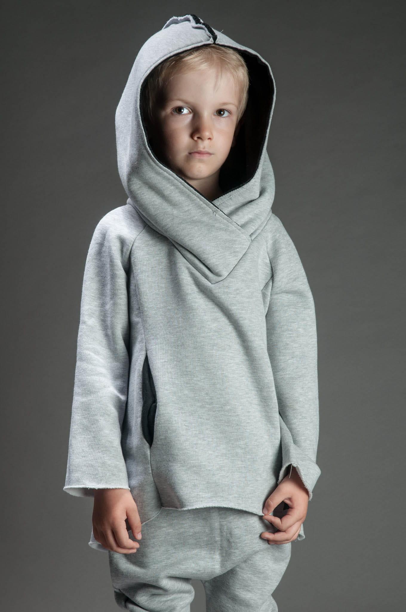 Jesteśmy niewielkim sklepikiem sprzedającym używane ubranka dla dzieci.